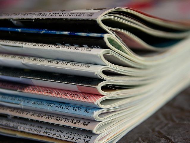 magazines-1108800_640